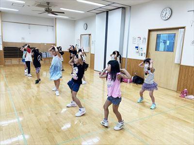 うさぎさんダンス